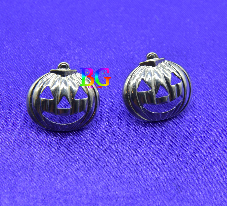 Silver Pumpkin Halloween Stud Earrings2